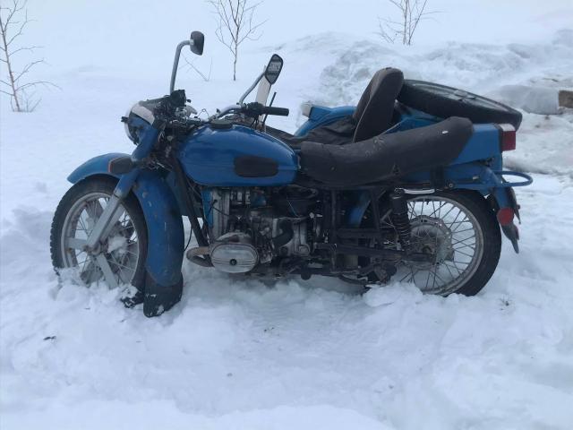 Продам мотоцикл УРАЛ в хорошем состоянии, едет бодро 88 года, с документами