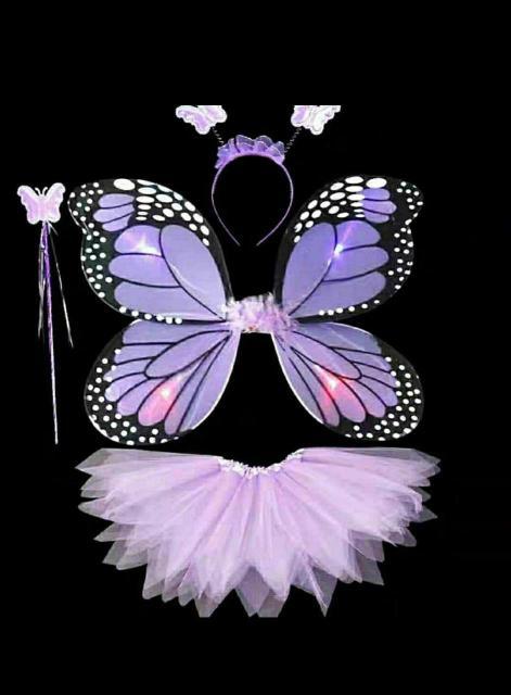 Продам костюм бабочки, в комплекте все что на фото, крылья светятся. Подойдёт на размер от 90 см до 120 см. Цвет сиреневый