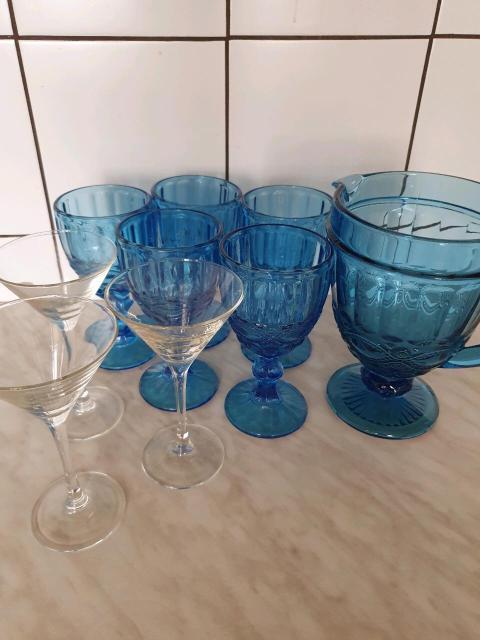 Набор синих бокалов 5шт с кувшином 1500р Бокалы для мартини 3 шт 300р