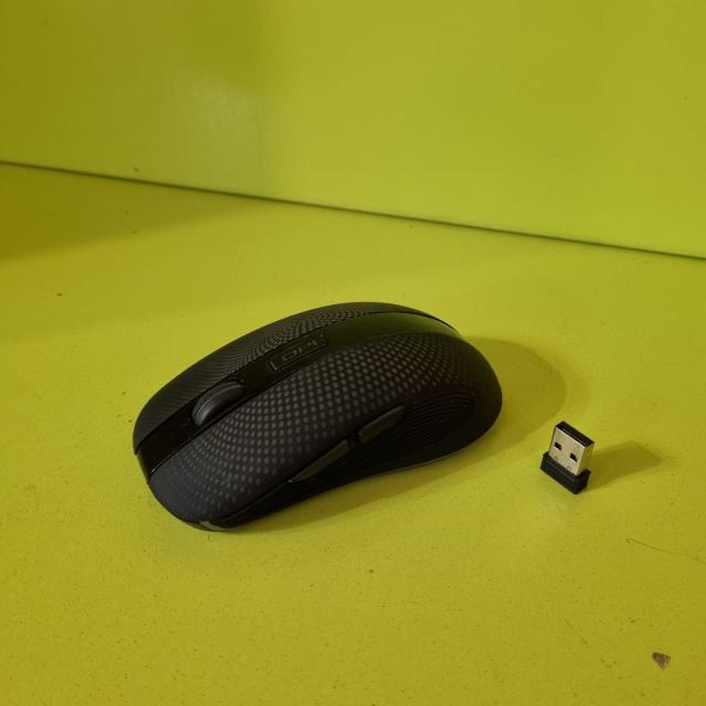 разрешение оптического сенсора: 2400 dpi интерфейс подключения: USB Type A количество клавиш: 6 источник питания: собственный Li-Ion время работы: 30 дней автономной работы