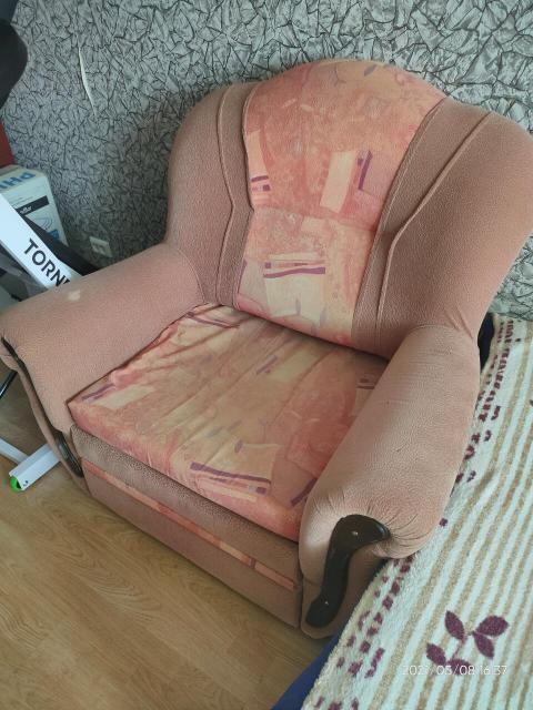 Продаю кресло-кровать б/у