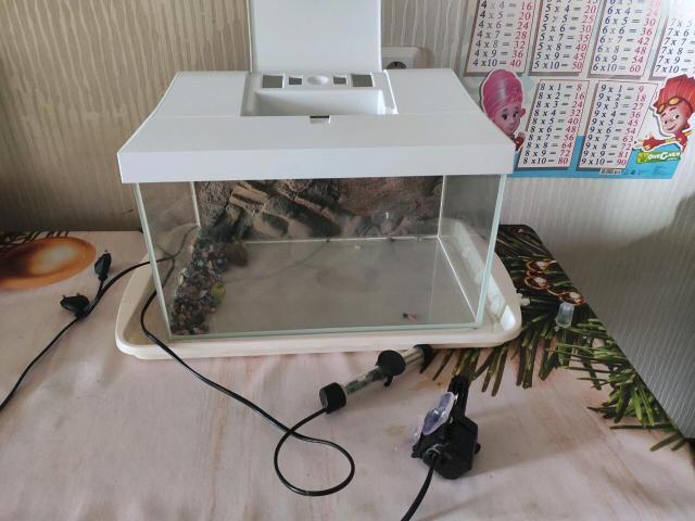 Размер 41*25*25 см Также в комплекте идёт фильтр для очистки воды