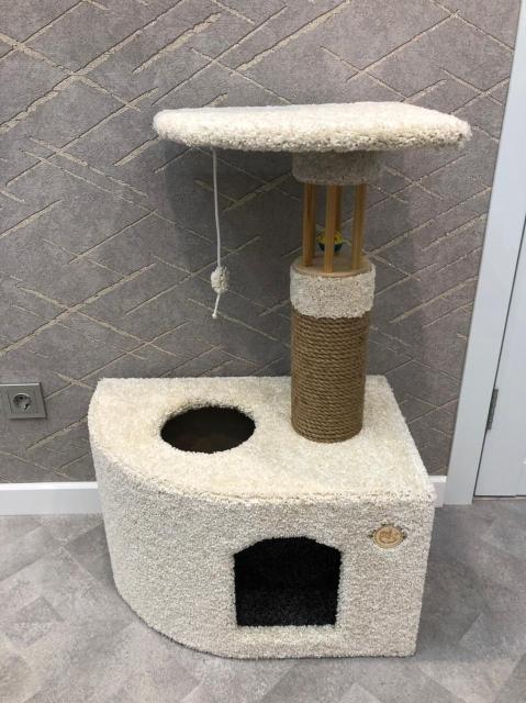 Продам новый домик когтеточку, отличного качества. Высота 90см. основание 60х40х30(д.ш.в)