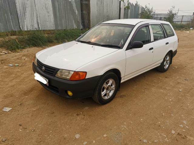 Nissan AD 2004