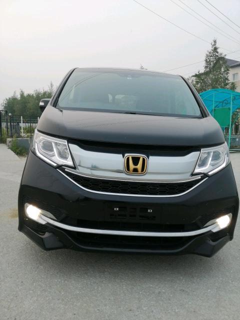 Honda Stepwgn 2016