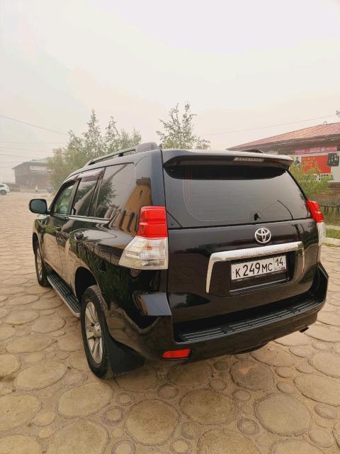 Toyota Land Cruiser Prado 2013