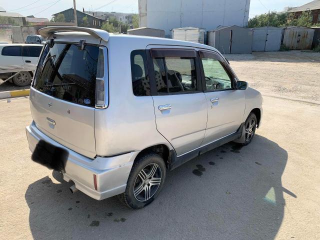 Nissan Cube 2001