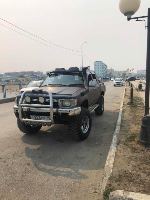 Toyota Hilux Pick Up 1991