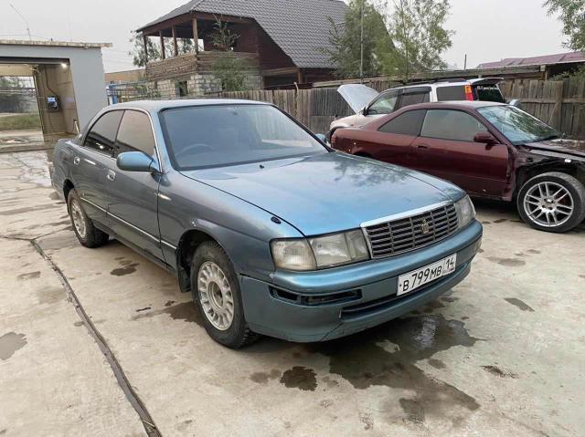 Toyota Crown 1995