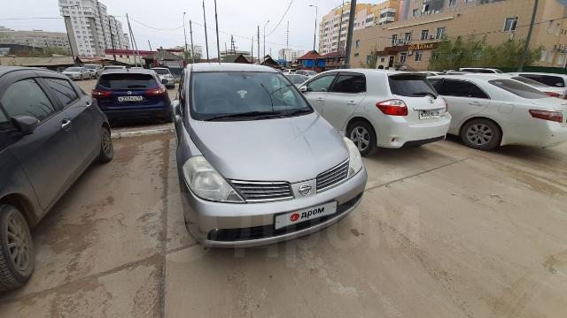 Nissan Tiida Latio 2007