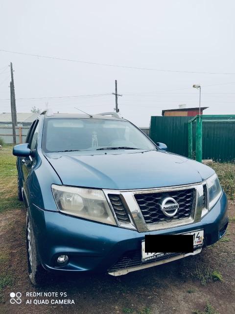 Nissan Terrano 2015