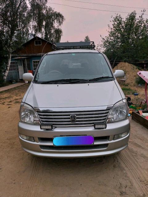 Toyota Regius 2000