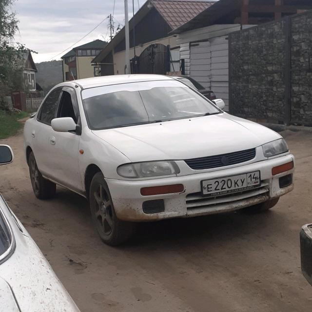 Mazda Familia 1996
