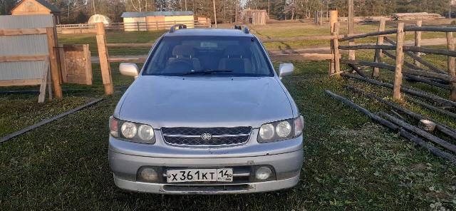 Nissan Rnessa 1998