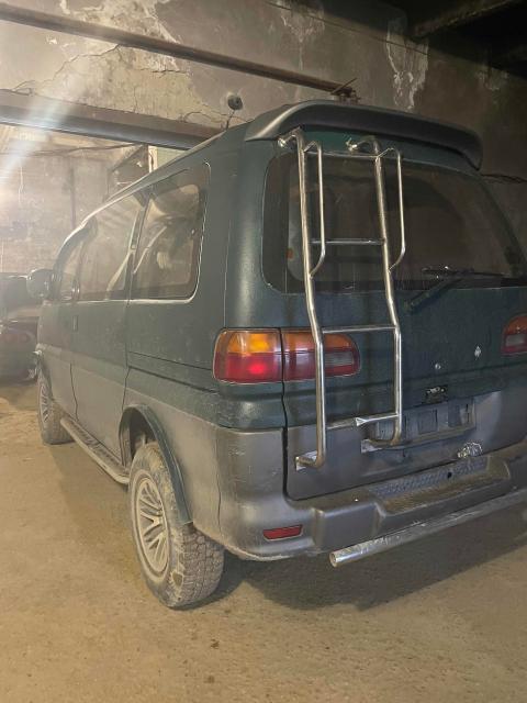 Mitsubishi Delica 1995