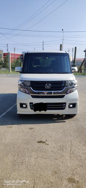 Honda N-BOX 2016