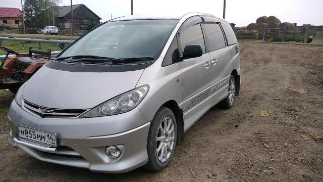 Toyota Estima 2001