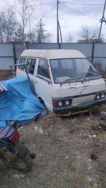 Nissan Vanette 1984