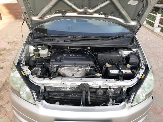 Toyota Ipsum 2003