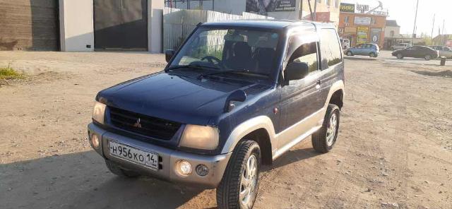 Mitsubishi Pajero iO 2002