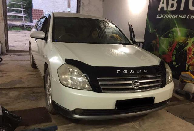 Nissan Teana 2003