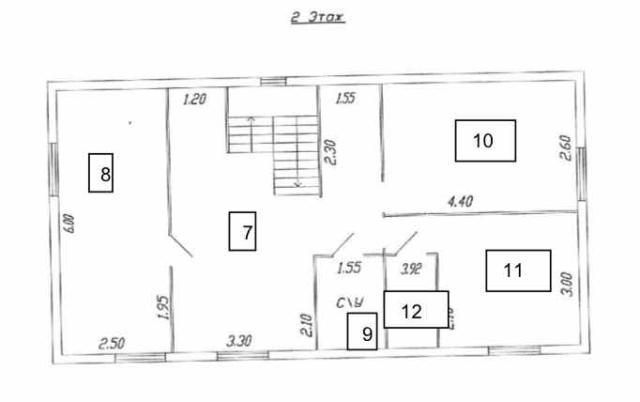 Сдаю в аренду нежилое помещение на втором этаже под офисы, услуги, кроме алкогольного бизнеса. Указанная цена за 1 кв метр. По частям не сдаем.