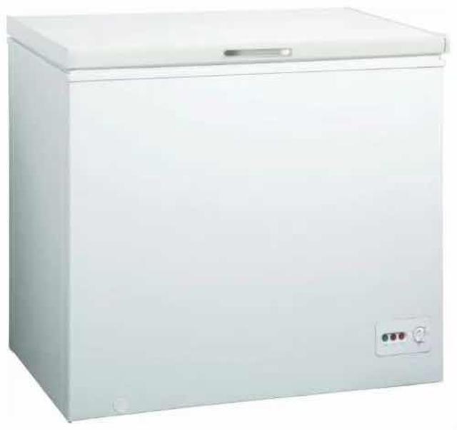 Продаю в связи с переездом, пользовались 1 сезон, работает отлично  Общие: Тип - Морозильный ларь Дисплей и управление: Тип управления - Механический Компрессор: Количество компрессоров - 1 Энергопотребление: Класс энергопотребления - A+ Морозильная камера: Система размораживания - Ручная Габариты и вес: Высота - 85 см; Ширина - 98.5 см; Глубина - 60 см Другие характеристики: Цвет - Белый