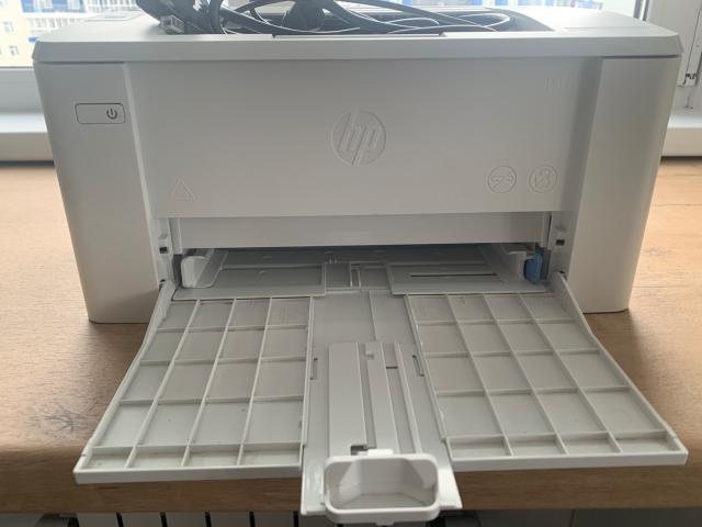Продам очень хорошем состоянии принтер , использовали (печатали) пару раз . В связи отъездом продаём .
